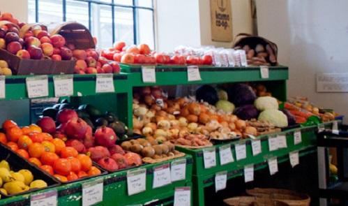 FoodOrganicProduceStoreTorontoImageAndrea FonsecaViaWikimediaCommons