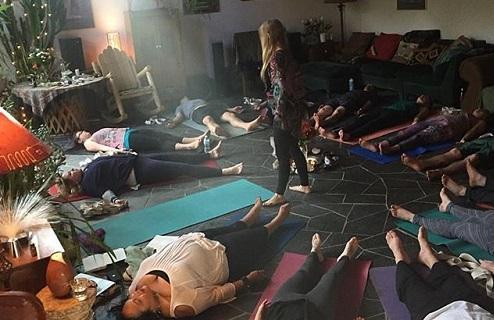 Yoga and cannabis: Ganjasana melds plant science and an ancient tradition - Cannabis News