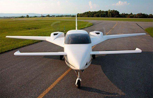 Image of air plane made of 75% hemp, will use hemp as bio-fuel