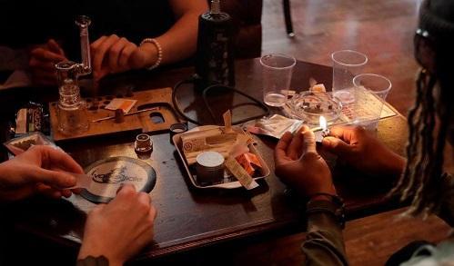 San Francisco Embraces Amsterdam-Style Marijuana Lounges - Cannabis News