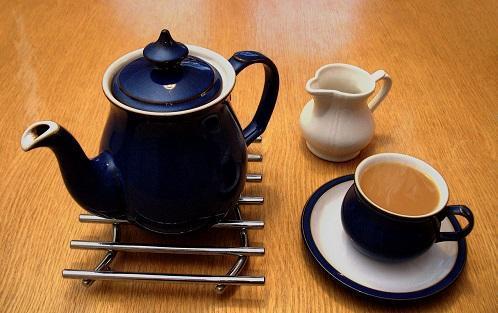 Cannabis Tea Made With Leftover Marijuana Stems? We Have A Recipe! - Cannabis News