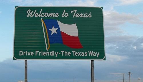 TexasWelcomeSignImageTimPattersonViaWikimediaCommons