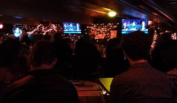 Patrons at a sports bar in Boulder watch the GOP Debate at the nearby University of Colorado campus. Image: WeedWorthy.com